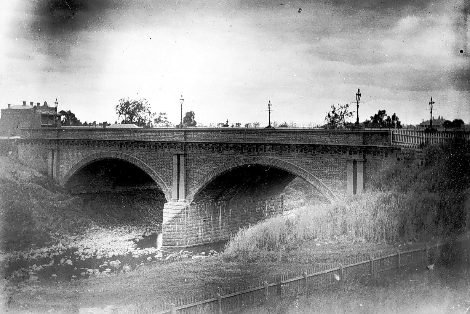 An 1892 photo of the High Street bridge crossing Merri Creek